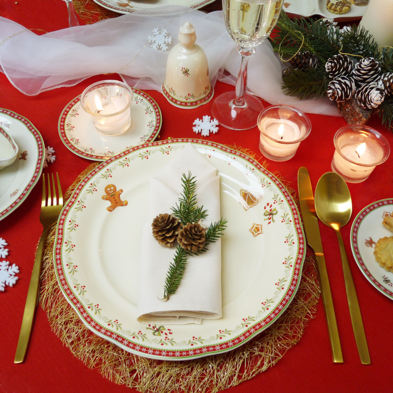 Talíř mělký 25 cm Vánoční perníčky