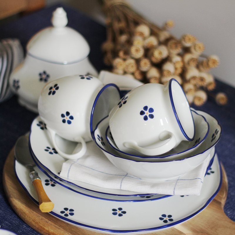 "Set of two mugs  0,30 l ""BUCLÁK"" Blue Blossoms"