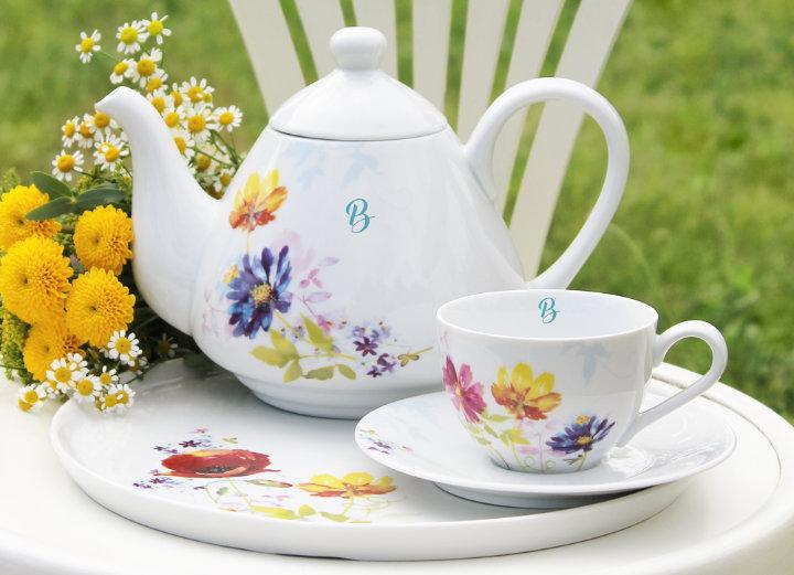 Porcelain with monogram